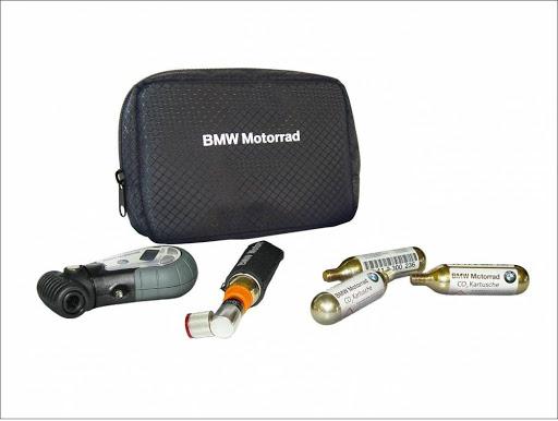 BMW CESTOVNÍ SADA PRO KONTROLU A TLAKOVÁNÍ PNEUMATIK